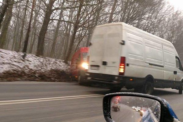 Nehoda pri Košických Olšanoch.