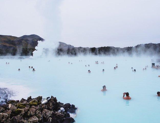 Modrá lagúna s liečivou vodou