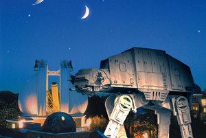 Obrnený transportér AT-AT (22,5 metra) sa blíži k observatóriu v Greenwichi. Na oblohe vidíme Mesiac a Hviezdu smrti.