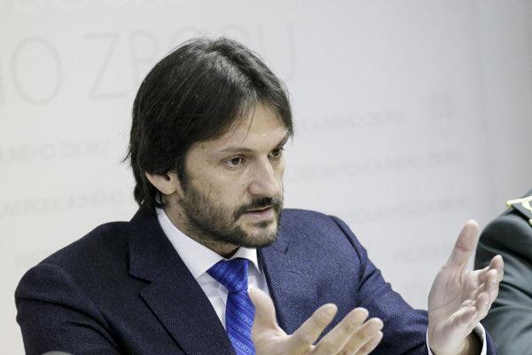 Minister vnútra Robert Kaliňák opäť zaútočil na prezidenta Andreja Kisku.
