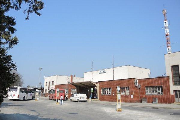 Budova železničnej stanice v Trenčíne.