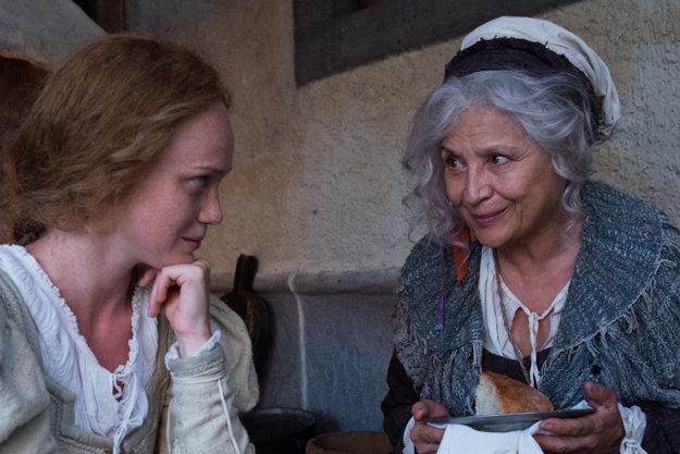 S Dominikou Zeleníkovou ako sudička Tea z rozprávky Johankino tajomstvo, ktorá bude mať premiéru na Jednotke na 1. sviatok vianočný o 20.25.