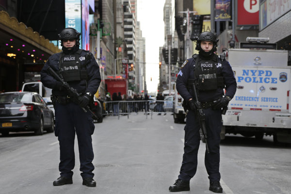 V roku 2018 chcú policajti kriminalitu znížiť ešte viac.