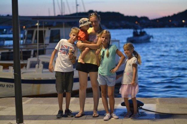 Mária z blogu chvilkapremamu.sk na dovolenke s detičkami