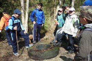 Mladí aktivisti čistili aj okolie od čiernych skládok