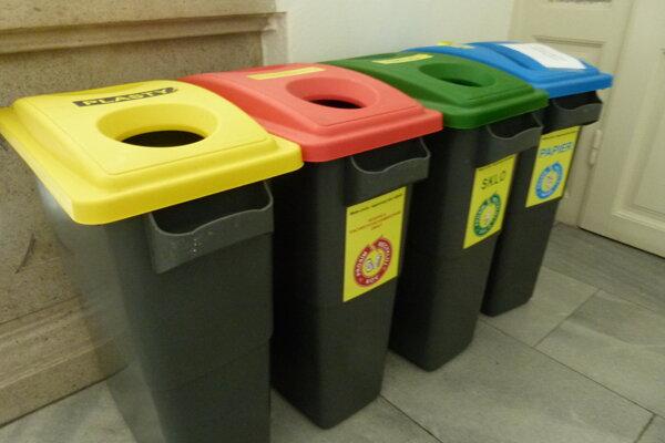 Mesto chce pokročiť v separácii odpadu.
