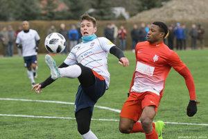 Róbert Gešnábel hral ešte v sobotu za FC ViOn, jeho novým chlebodarcom však bude MFK Ružomberok.