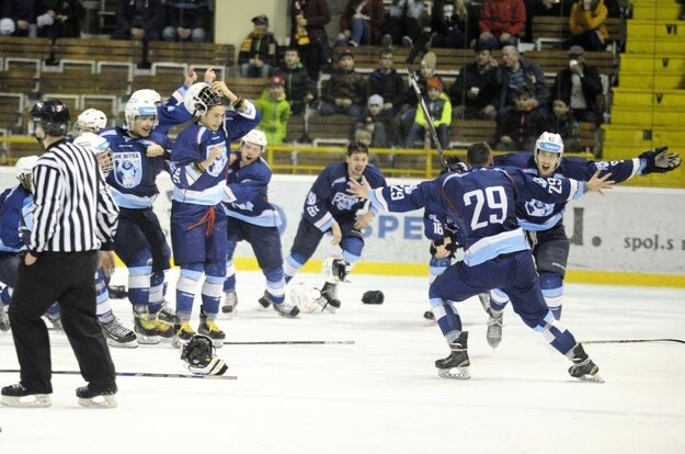 Hokejovi juniori Nitry získali zlato po 19 rokoch.