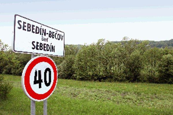Neďaleko Sebedína -Bečova by mal rásť hrab s metamorfovanými listami. Ide o ojedinelý prírodný jav, presnú lokalitu odborníci zisťujú.