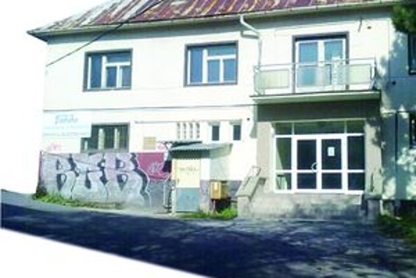 Kultúrny dom v Podlaviciach prešiel pred časom rekonštrukciou.