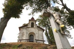 Kalvária v Tajove má neobvyklé čaro