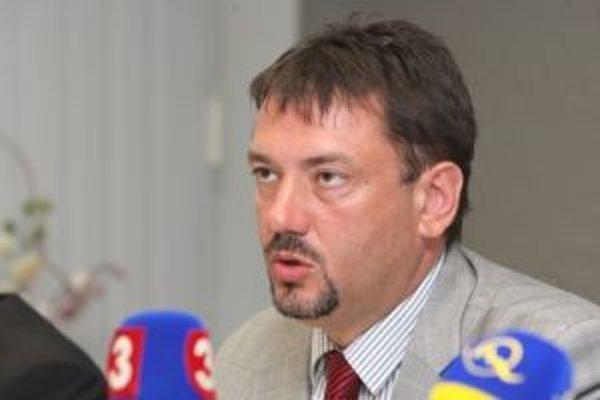 Peter Gogola sa o parlamentné kreslo uchádzať nebude