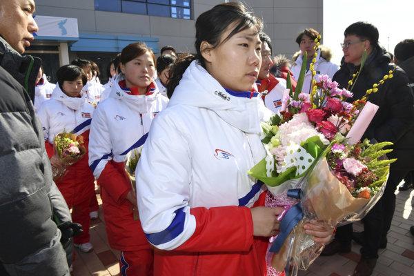 Severokórejské hokejistky prišli do dejiska ZOH 2018.
