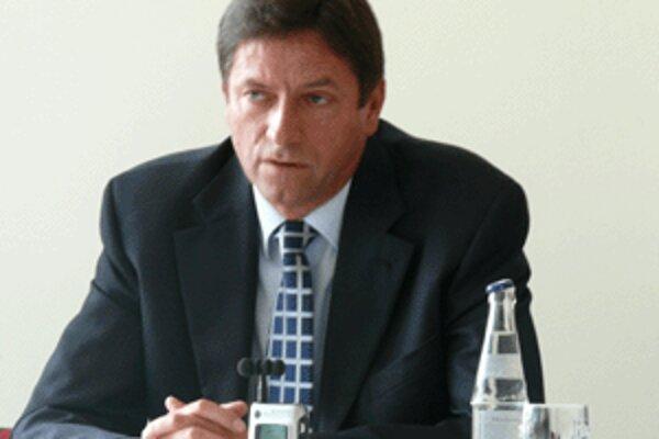 Jozef Mikuš.