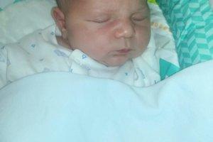 Daniel Gračka (3840 g, 52 cm) sa narodil 12. januára Monike a Danielovi z Hornej Súče. Doma už majú šesťročného Alexka a dvojročnú Sárku.