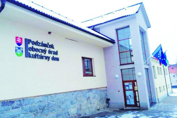 V sobotu v Podzámčoku dopĺňali štyroch z piatich poslancov.