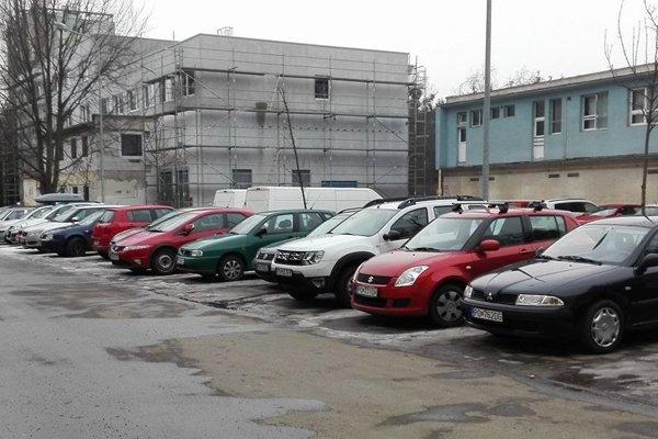 Parkoviská na Volgogradskej.