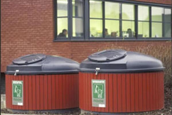 Polopodzemné kontajnery na smeti majú na Slovensku len v Turzovke.