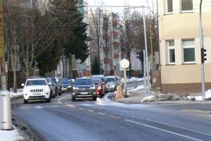 Nové semafory sú aj na križovatke Draxlerovej a Mudroňovej ulice.