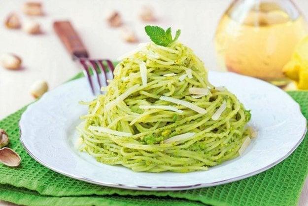 Špagety s hráškovým pestom