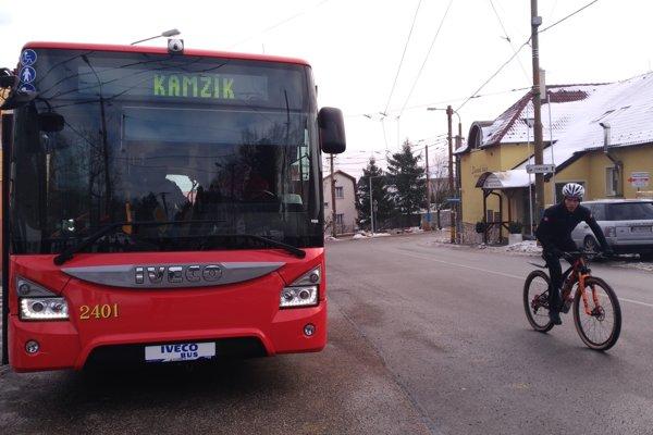 Kolibu a Kamzík spája cez víkendy a voľné dni nová autobusová linka 144.