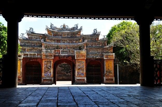 Hue, brána v cisárskom meste