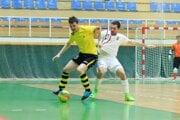 Makroteam odohral s bratislavským tímom Wild Boys vyrovnaný zápas.