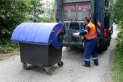 Mesto chce zakúpiť aj nové smetiarske auto.