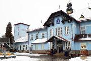 Ružomberská železničná stanica je národnou kultúrnou pamiatkou.