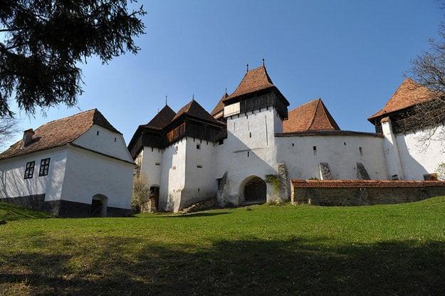 Opevnený kostol v rumunskom Viscri.