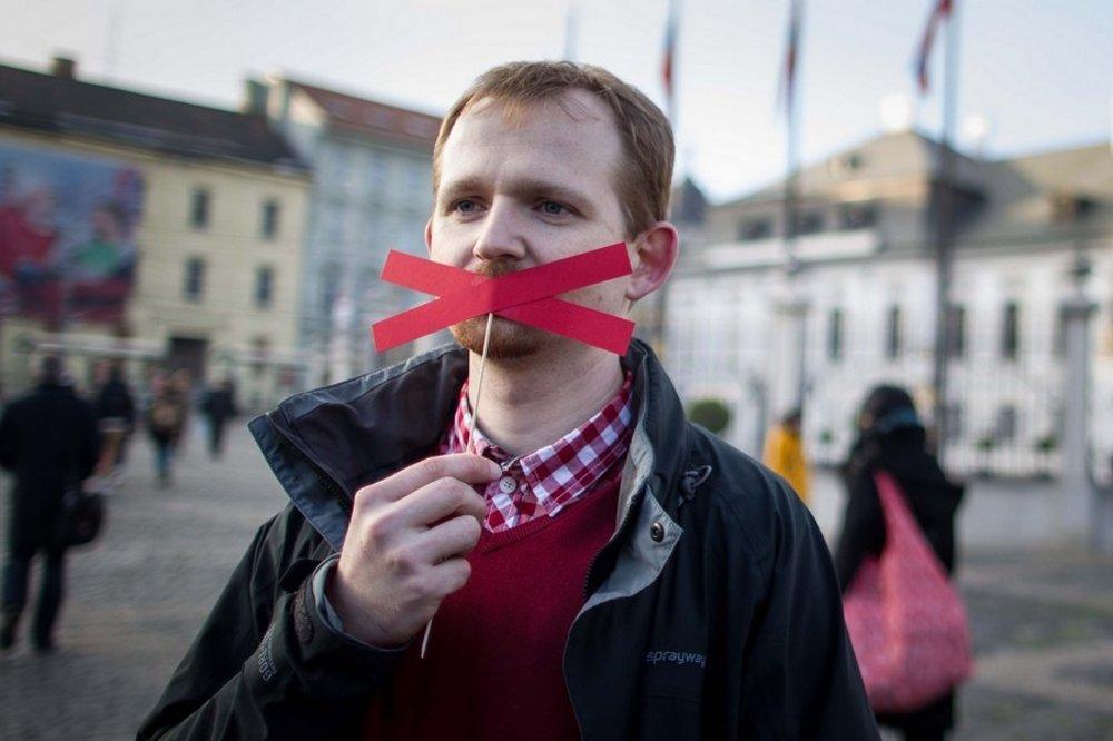 Kde asi urobili chybu? Tomáš Kováčik zaliancie protestuje proti rozhodnutiu Ústavného súdu.