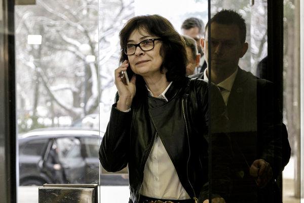 Podpredsedníčka vlády SR a ministerka spravodlivosti SR Lucia Žitňanská prichádza na rokovanie 89. schôdze vlády.