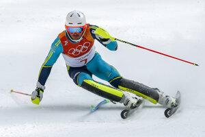 Švéd Andre Myhrer mieri za zlatom, vo veku 35 rokov sa stal najstarším víťazom v histórii olympijského slalomu.