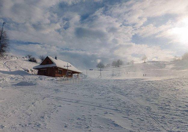 V Ski centre Dúbravy sa spoliehajú na prírodný sneh.