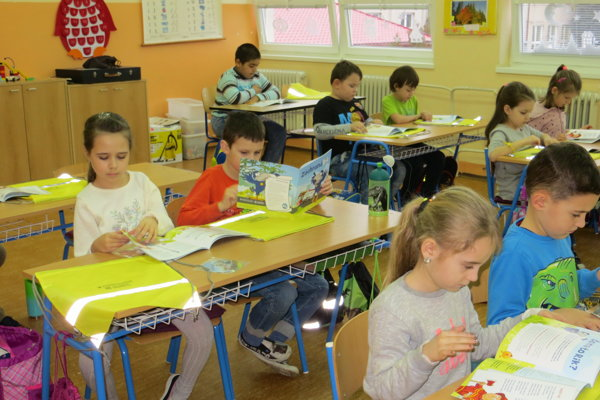 Žiaci Základnej školy v Závode.
