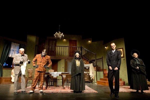 Komédia Arzenik a staré dámy otvorí nový rok v divadle.