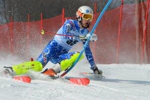 Denis Mažgút na slalomovej trati.