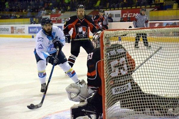 Tomáš Pokrivčák strelil dva góly Martina, ale aj tak to napokon nestačio.