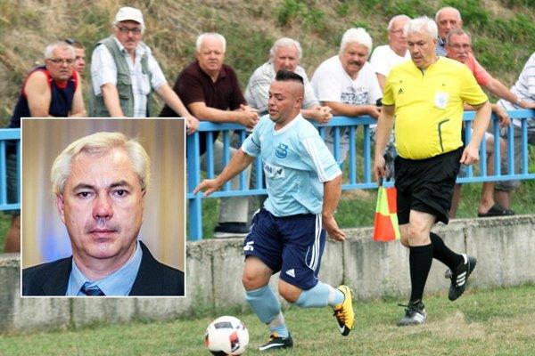 Juraj Fábry pôsobí ako rozhodca v ObFZ Nitra už 17 rokov.