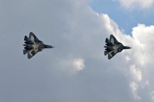 Stíhačky Suchoj Su-57.