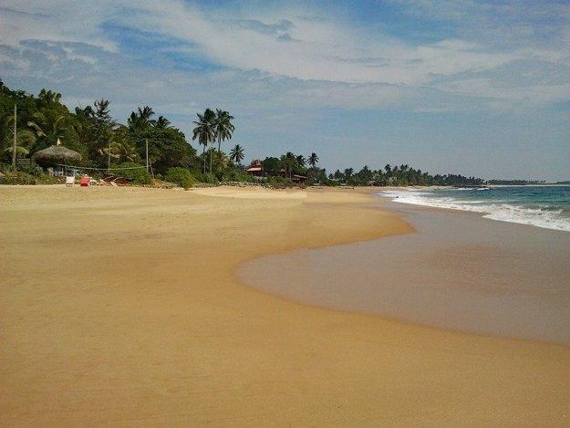 Iduruwa, piesočné pláže na skok od Colomba.