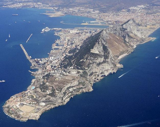 Pohľad na polostrov, kde leží Gibraltár