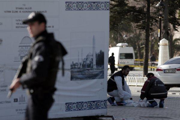 Výbuch v Istanbule si vyžiadal najmenej desať obetí.