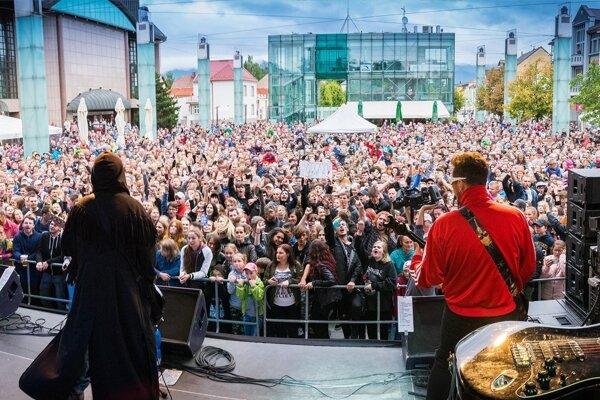 Viaceré kultúrne podujatia sa v Martine konajú na Divadelnom námestí.