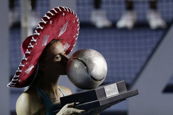 Ukrajinská tenistka Lesia Curenková obhájila titul na turnaji v Acapulcu.
