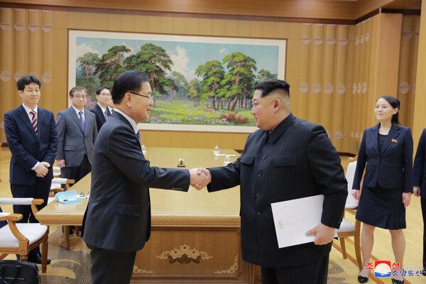 Rokovanie juhokórejskej delegácie s Kim Čong-unom.