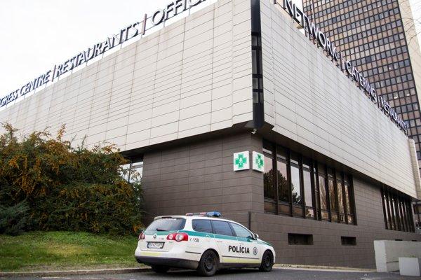Budova Technopolu počas policajnej razie, 16. novembra 2017.