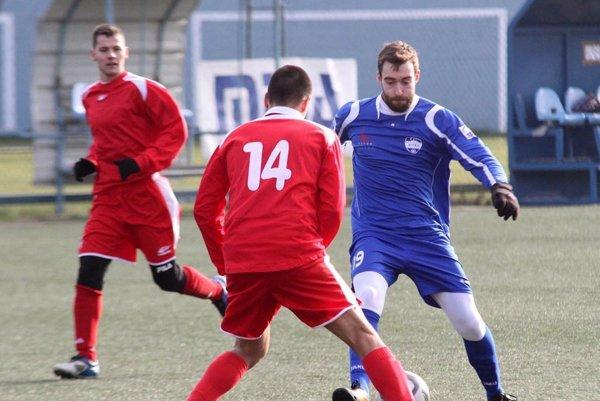 Na hrote útoku hral v druhom polčase Čech Martin Vodička.