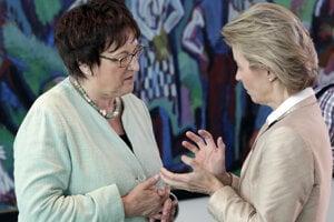 Nemecká ministerka hospodárstva Brigitte Zypriesová (vľavo).