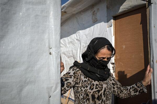 Extrémisti zadržiavajú najmä ženy a deti pochádzajúce z komunity jezídov.